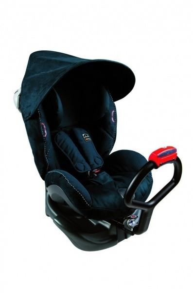 Sonneneinstrahlung im Kindersitz verringern mit dem BeSafe Sonnendach für Reboarder