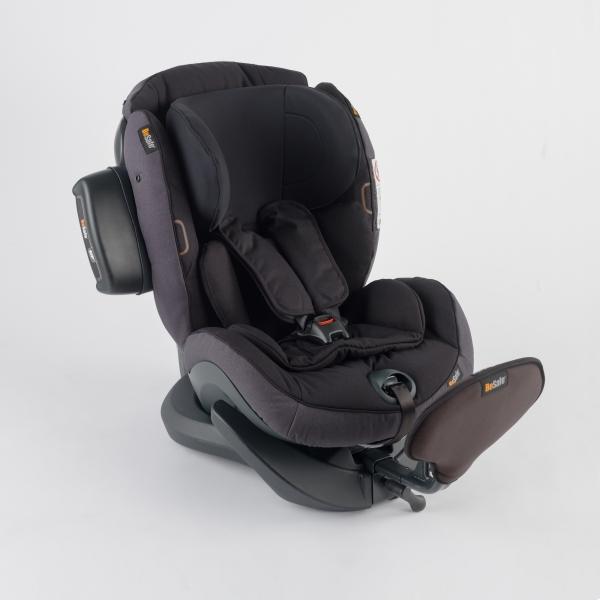 iZi Plus X1 Kindersitz rückwärtsgerichtet in Midnight black melange grau schwarz