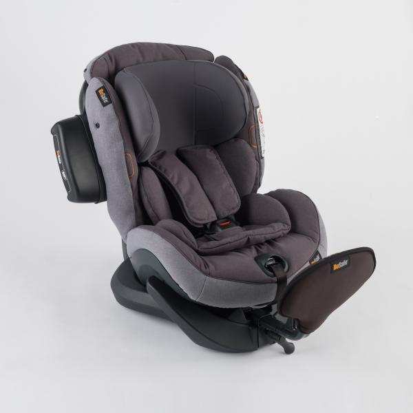 iZi Plus X1 von Besafe Kindersitz in Metallic Farbe