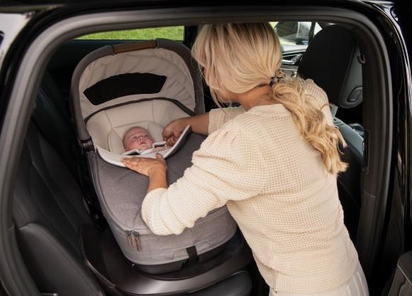 Nuna-Cari-Next-Babywanne-Babyschale-Kindersitz