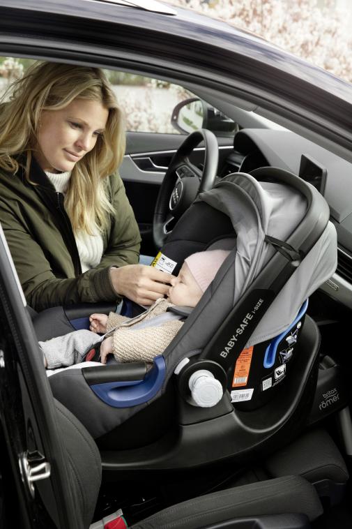 Moderne und sichere Babyschale