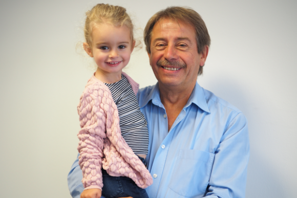 Avova Kindersitz Interview Herr Held