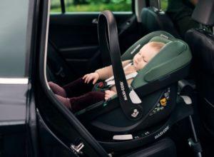 Pebble Babyschale Sauerstoff im Auto